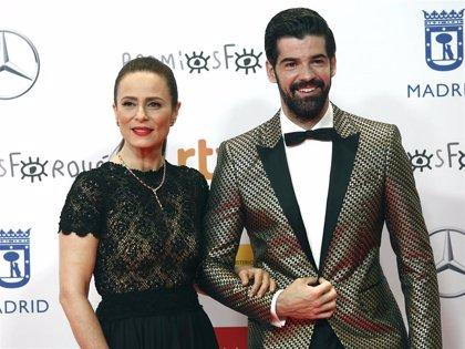 Deslumbrantes, Miguel Ángel Muñoz y Aitana Sánchez-Gijón brillan en los Premios Forqué