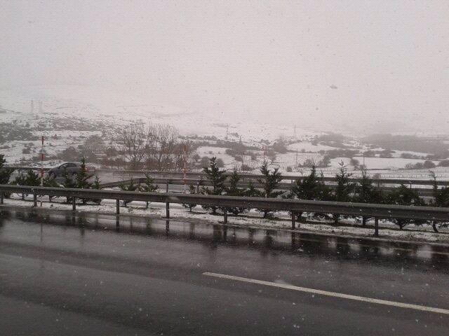 Nieve en Cantabria, carreteras. Archivo