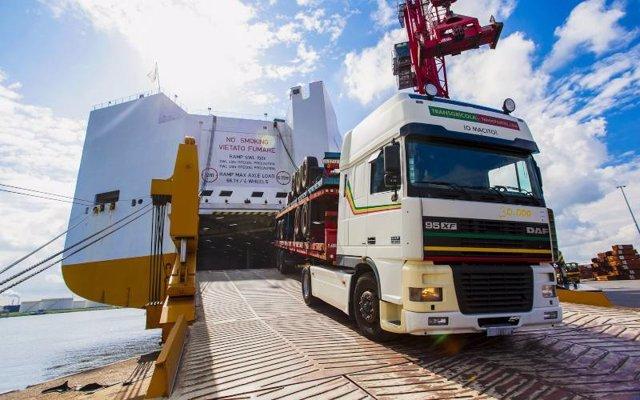 Nueva ruta naviera para camiones entre Cartagena y Tolón (Francia)