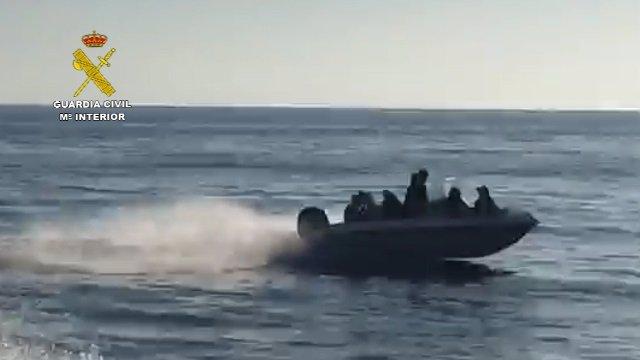 Desarticulada una organización criminal dedicada al tráfico de personas desde Argelia hasta España