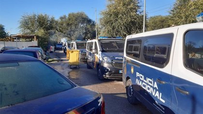 Desalojado un local de ocio en la Cañada Real con 25 personas por incumplir la normativa sanitaria