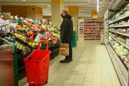 El PSOE plantea que los supermercados primen la oferta de productos nacionales de alimentación