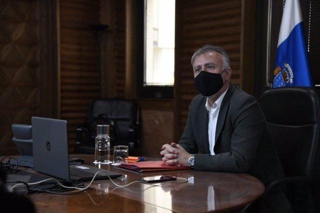 El presidente de Canarias, Ángel Víctor Torres, este jueves durante el Consejo de Gobierno