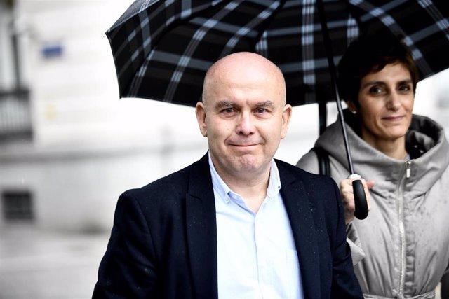 El abogado Gonzalo Boye, a su llegada a la Audiencia Nacional, donde ha sido citado por la juez María Tardón, por un presunto delito de bloqueo, derivado de la causa contra el narcotraficante gallego José Ramón Prado Bugallo, conocido como 'Sito Miñanco'