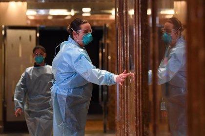 Un nuevo positivo por coronavirus en un vuelo desde Los Ángeles retrasa los entrenamientos en Australia