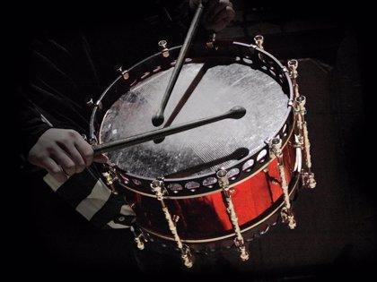 Las fotografías 'Pasión' y 'Los que vienen' ganan el XIX Concurso 'El tambor en Hellín' y 'El tambor en el mundo'