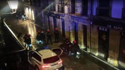 Detenido en la Parte Vieja de San Sebastián por atentado a la autoridad y desórdenes públicos