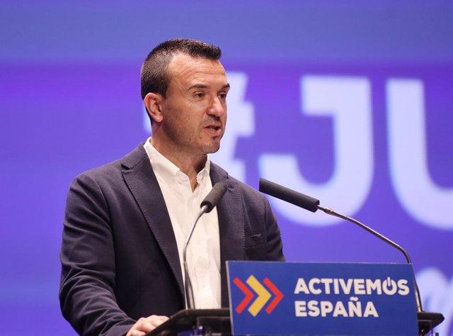 Vicente Mompó en imatge d'arxiu