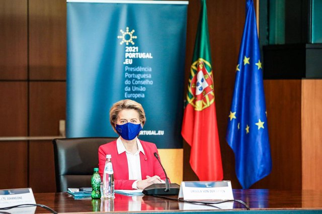 HANDOUT - 15 January 2021, Portugal, Lisbon: European Commission President Ursula Von Der Leyen visits the European College of Commissioners for a round of meetings under the Portuguese presidency of the EU Council, at Centro Cultural de Belem. Photo: Car