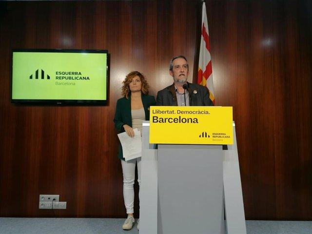La portaveu d'ERC a Barcelona, Elisenda Alamany, i el regidor Jordi Coronas