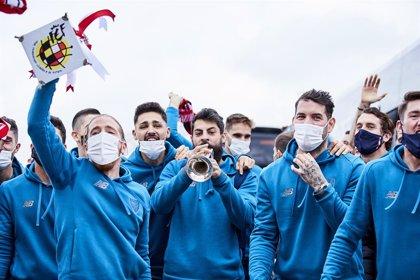 """Fútbol.- Diputación y Ayuntamiento de Bilbao agradecen al Athletic la victoria en la Supercopa, que """"inyecta optimismo"""""""