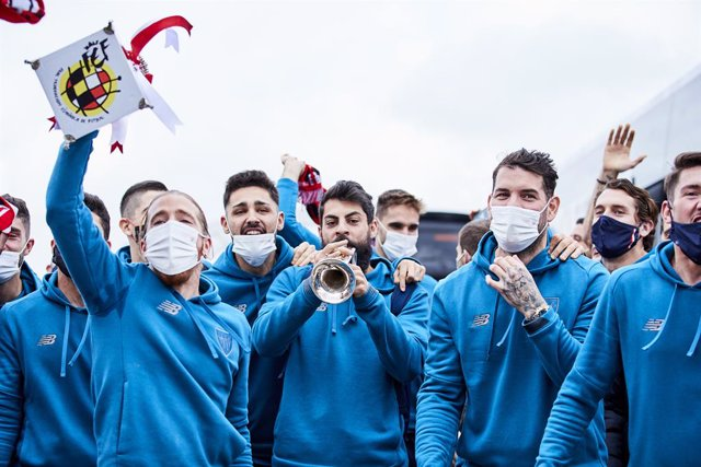 Asier Villalibre of Athletic Club during the arrival of the Athletic Club de Bilbao at Bilbao airport with the Champions trophy after winning the Spanish Soccer Super Cup against FC Barcelona, on January 18, 2021, in Bilbao, Spain.