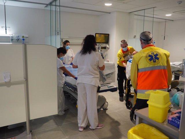 El centre hospitalari ha posat en funcionament dues àrees del servei d'Urgències