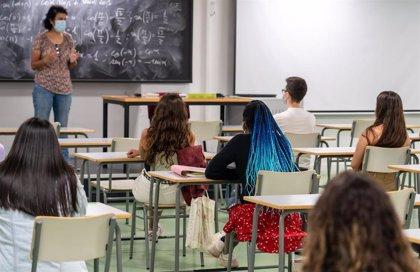 Cantabria cierra 16 nuevas aulas y aísla a varios grupos de alumnos y docentes