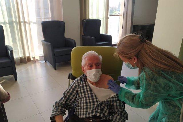 Segunda fase de la vacunación contra el coronavirus en la residencia Fray Leopoldo