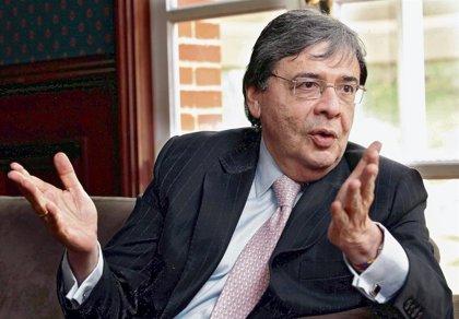 Coronavirus.- El ministro de Defensa de Colombia ingresa en una unidad de cuidados intensivos por coronavirus