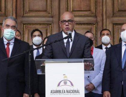El 'chavismo' exige una declaración jurada de patrimonio a los diputados de la oposición
