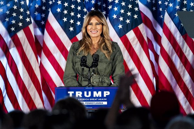 27 October 2020, US, Atglen: US First Lady Melania Trump speaks at a rally to support US President Donald Trump at The Barn at Stoneybrooke. Photo: Michael Brochstein/ZUMA Wire/dpa