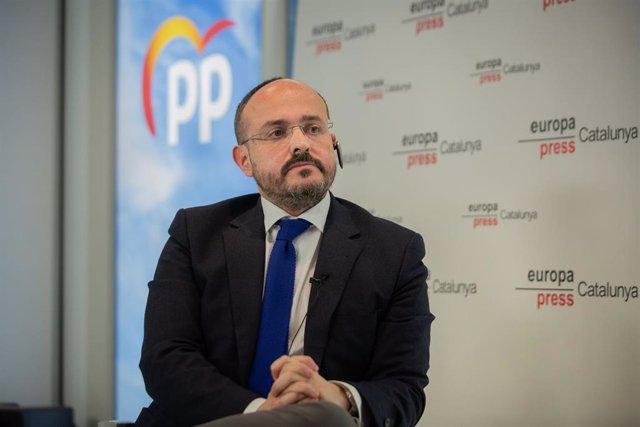 El candidato del Partido Popular a la Presidencia de la Generalitat de Catalunya, Alejandro Fernández, interviene durante un Encuentro Digital de Europa Press, en Barcelona, Catalunya (España), a 19 de enero de 2021.