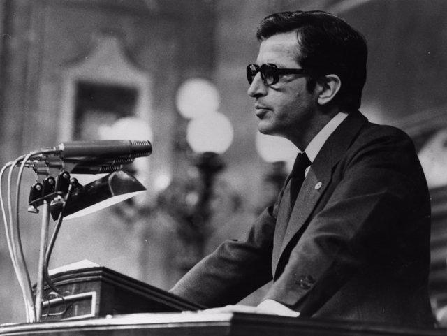 Adolfo Suárez, en el Congreso de los Diputados en 1977.