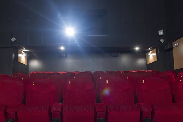Cine, butaca, taquilla, entrada, pel·lícula, espectador (Recurso)