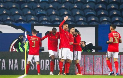 El Benfica detecta 17 positivos por COVID en su plantilla y cuerpo técnico