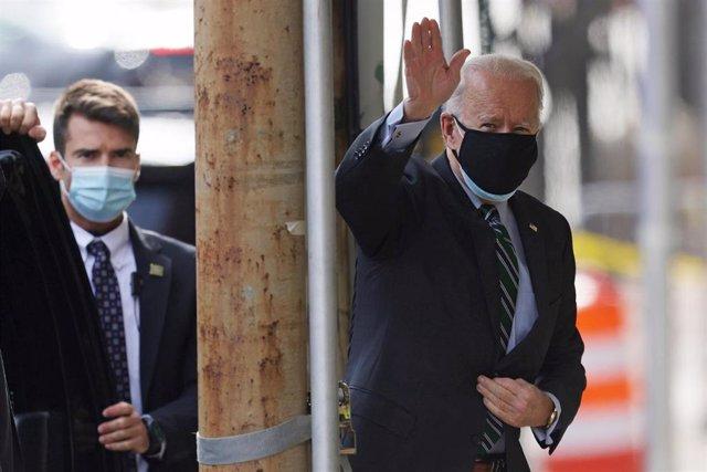Joe Biden llega al  Queen theater en Wilmington, Delaware.