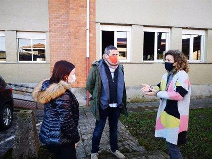 Cs celebra la partida presupuestaria de 30.000 euros para el cambio de las ventanas de un colegio