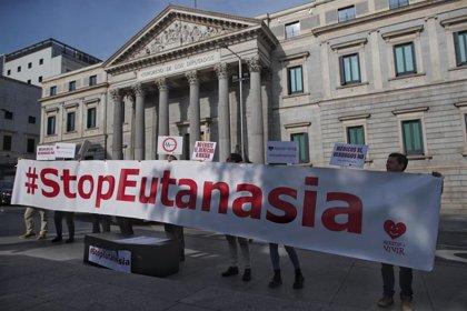 """Un centenar de organizaciones constituyen una Asamblea por la Vida en  """"rechazo"""" a las leyes de eutanasia y aborto"""