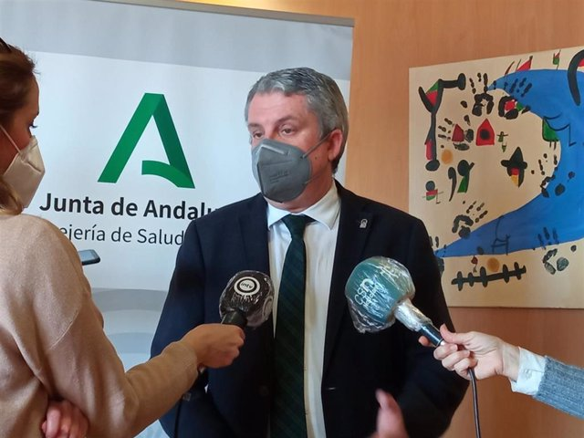 El delegado territorial de Salud y Familias en Almería, Juan de la Cruz Belmonte