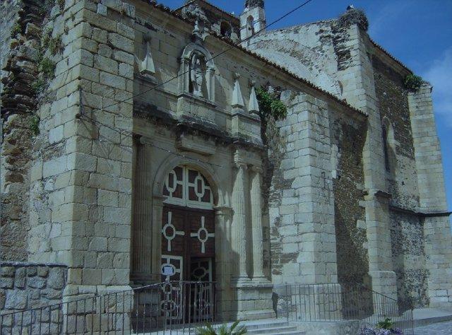 Iglesia de San Andrés Apostol de Almaraz