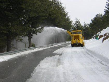 Los quitanieves andaluces esparcieron más de 7.000 toneladas de sal en las calles de Madrid