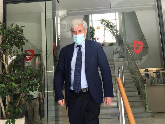 El catedrático y director del Centro de Encefalopatías y Enfermedades Transmisibles Emergentes de la Universidad de Zaragoza, Juan José Badiola.
