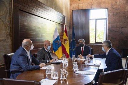 Los hoteleros aplazan la recuperación turística en Canarias al verano