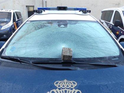 Detenido en Salamanca por romper la luna de un coche policial al recriminarle que no llevase mascarilla