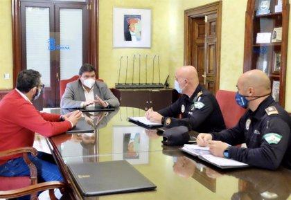El alcalde de Huelva intensificará los controles de la Policía Local ante el cierre perimetral