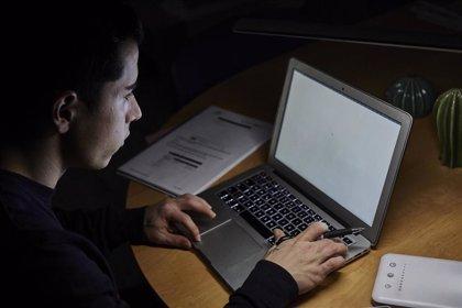 """CCOO critica que la Junta """"descargue en los rectores la responsabilidad"""" sobre exámenes 'on line' en la universidad"""