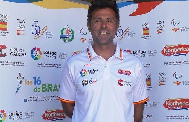 El entrenador de piragüismo Miguel García