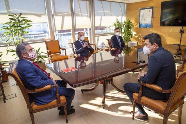 El Presidente De Cantabria, Miguel Ángel Revilla, Recibe Al Director General De Dynasol, Felipe Varelan Romero 19 Ene 2021