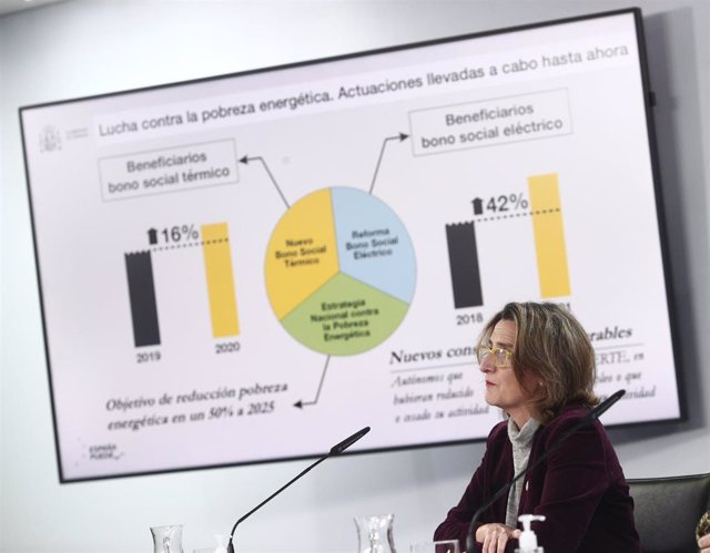 La vicepresidenta cuarta y ministra de Transición Ecológica y Reto Demográfico, Teresa Ribera, durante una rueda de prensa convocada ante los medios posterior al Consejo de Ministros, en Madrid, a 19 de enero de 2021. El Consejo de Ministros ha aprobado e