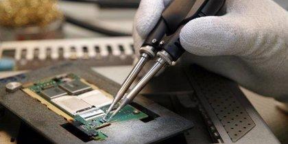 Las pilas y aparatos eléctricos y electrónicos con litio o níquel metal serán residuos peligrosos desde mañana