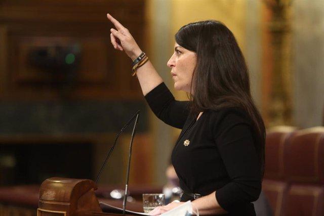 El Congreso debate sobre si reservar plazas a interinos más veteranos