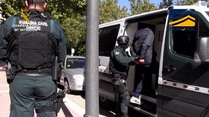 """Cae una red de sicarios que funcionaba como """"oficina de cobros"""" de los cárteles de la droga sudamericanos"""