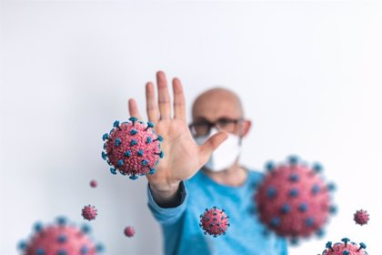 Un estudio identifica cinco grupos de pacientes por su reacción al COVID-19