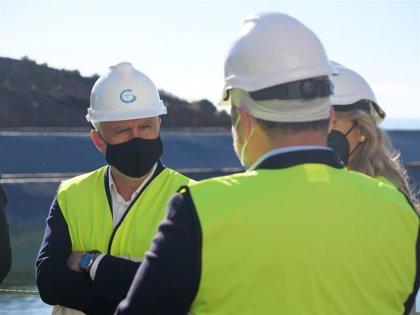 """Torres apela a los fondos europeos para convertir a Canarias en un """"modelo mundial"""" de energías limpias"""