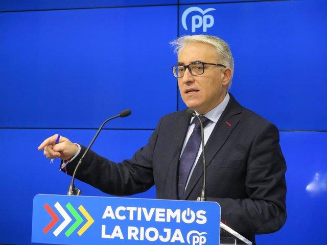 El portavoz del Grupo Parlamentario Popular, Jesus Ángel Garrido