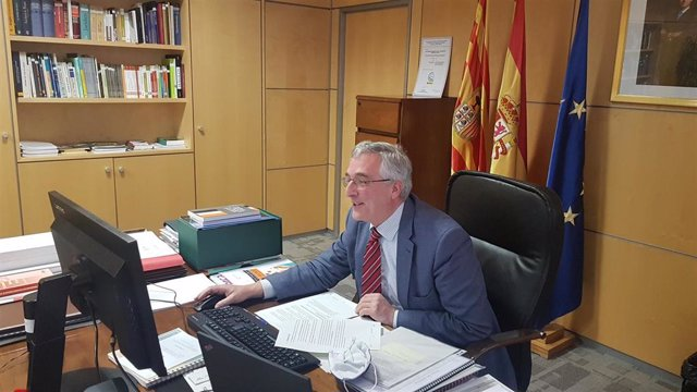El consejero de Agricultura de Aragón, Joaquín Olona.