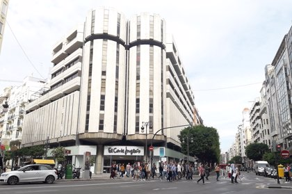 Los centros de El Corte Inglés de la Comunitat Valenciana abrirán de 9 a 18 horas a partir de este jueves