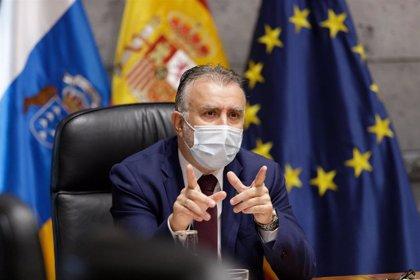 """Torres avala la repatriación de migrantes que ejerzan violencia y exige """"solidaridad"""" para Canarias"""