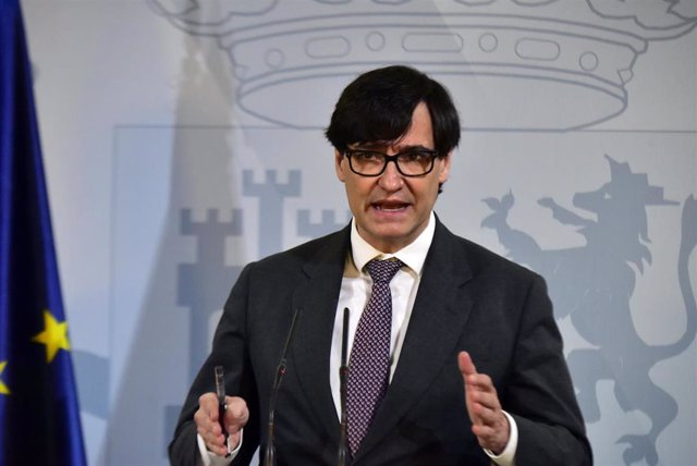 El ministro de Sanidad, Salvador Illa, interviene durante una comparecencia convocada ante los medios para hacer seguimiento de la pandemia por Covid-19, en Barcelona, Catalunya, (España), a 16 de enero de 2021. En la rueda de prensa Illa ha confirmado qu
